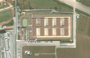 Centro di identificazione ed espulsione di Bari